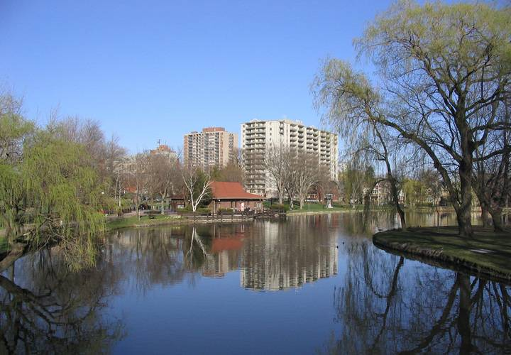 Victoria park kitchener lake
