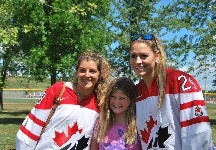 Natalie Spooner and Laura Fortino from CWHL