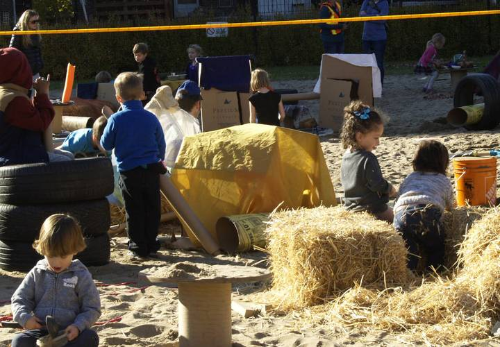 Kids enjoying the Pop-up Adventure Playground presented by Earth Day Canada.
