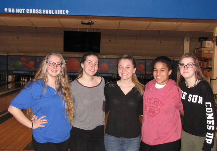 Ladies team Katie, Melina, Kaitlyn, Raven and Payton