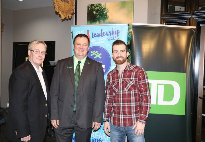 Mayor of Oshawa, TD Presenting Sponsor with Country Artist