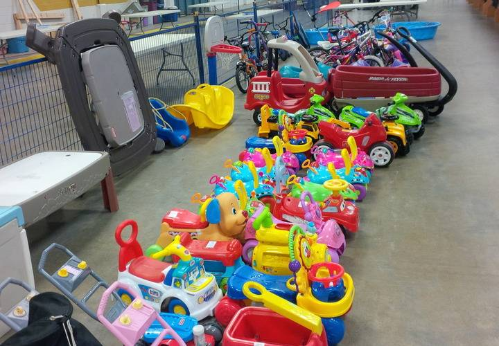 Gears Used In Toys : Children s used clothing toys equipment sale