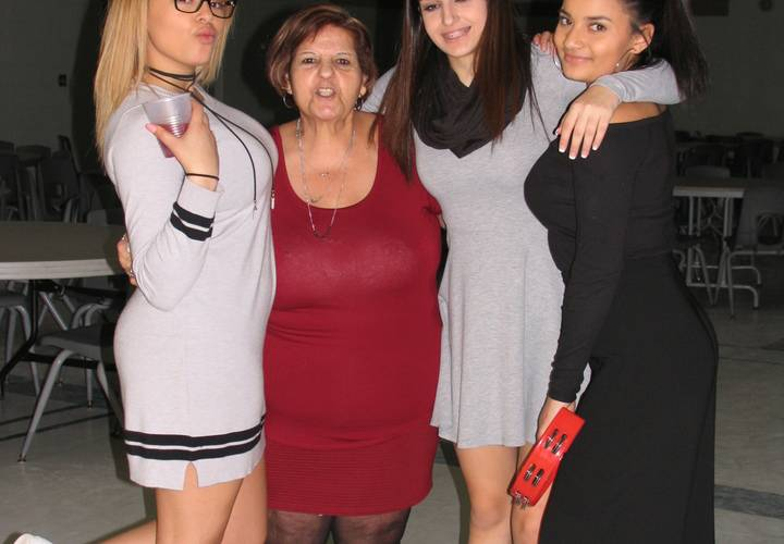 Nanna with granddaughters, Whitney, Courtney and Tatyana