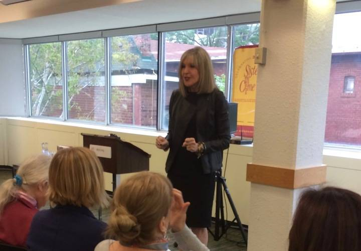 Hank Phillippi Ryan addresses the SinC meeting