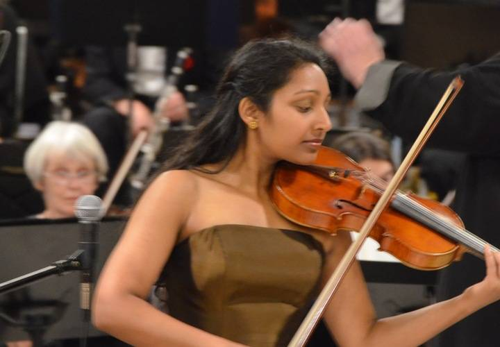Suhashini Arulanandam playing  L'Autumno  Four Seasons by Vivaldi