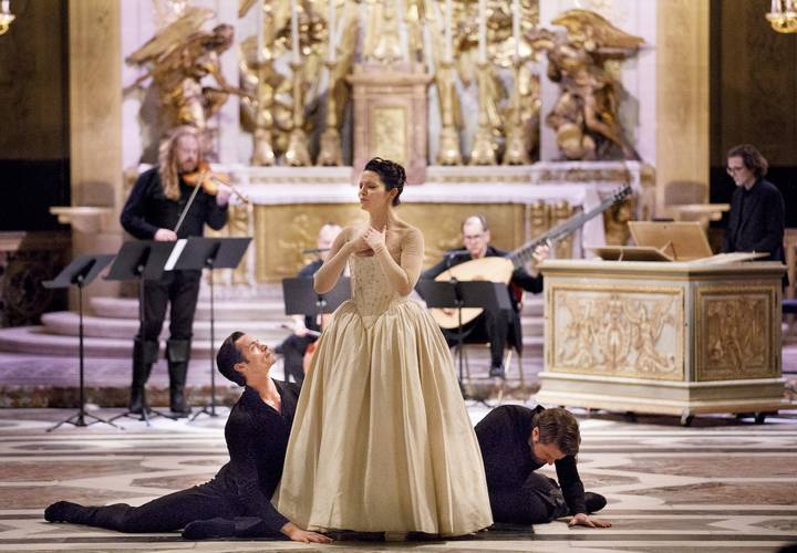 Opera atelier   the angel speaks   versailles. photo  bruce zinger