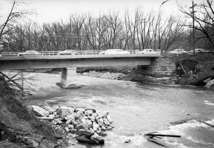 Humber river  looking n. to highway 7 bridge at woodbridge  vaughan