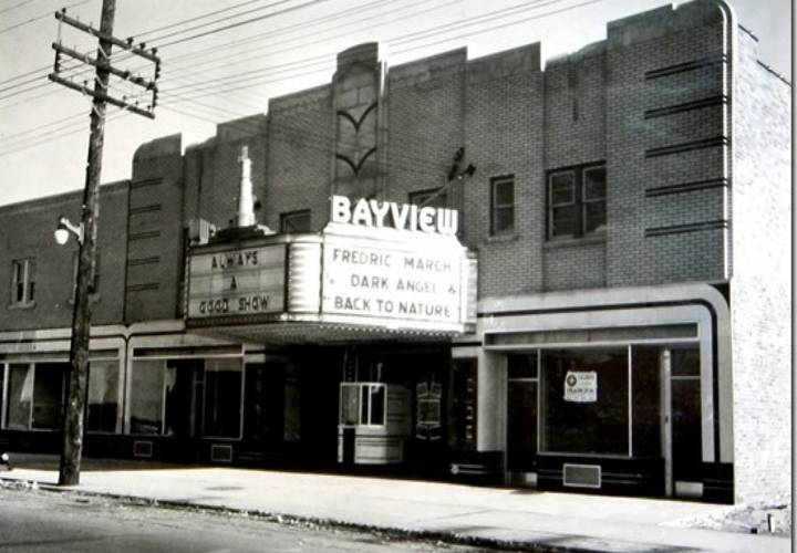 The bayview theatre at 1605 bayview avenue  in leaside  was built by harry davidson in 1936