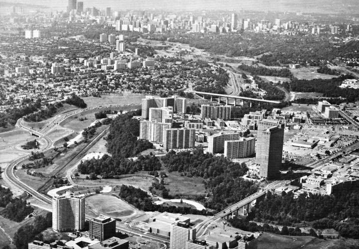 Thorncliffe park from the air  looking downtown  early 1970 s