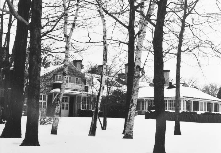 Toronto hunt club   kingston rd south side feb. 4 1956