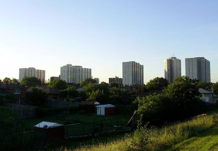 Kingsview village the westway towers and backyards