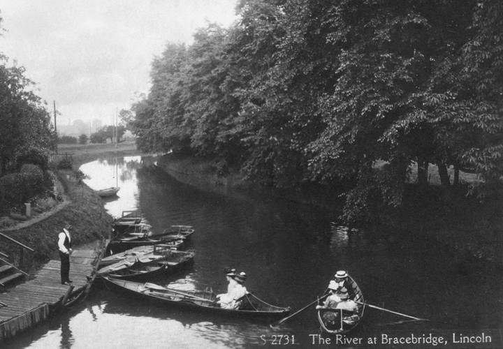 Bracebridge  river witham c.1900 1910